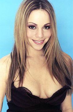 Mariah Carey 90s, Mariah Carey Pictures, Christina Ag, Big Hair, Music Artists, Good Music, Kardashian, Blonde Hair, Beautiful Women