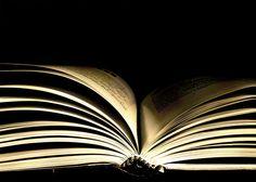 encuentras en las páginas de un libro...