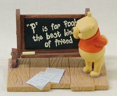 Disney's Winnie the Pooh Paperweight/Figurine