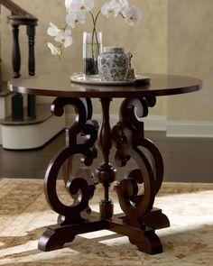 "Ambella ""Carina"" Entry Table"