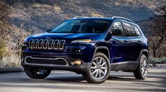 Jeep® Cherokee cuts through the wind for outstanding fuel economy. You'll have plenty of opportunities to explore with up to 31 highway mpg  and a far-reaching 490-mile range .