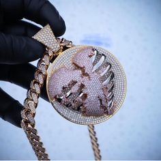 Rapper jewelry - The Gold Skeleton Heart Pendant – Rapper jewelry Cute Jewelry, Bling Jewelry, Jewelry Accessories, Jewelry Necklaces, Jewlery, Rapper Jewelry, Hip Hop, Diamond Cross Necklaces, Chain Pendants