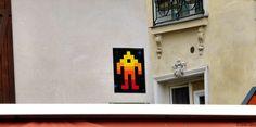 https://flic.kr/p/s9PQJZ | Invader - PA_1107 | Invaders in Paris! ----------------------------------- PA-1107 - Place Saint André des Arts