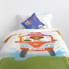 Duvet cover cotton with 150 thread count Include a nice decorative cushion cover Closure with hidden plastic snap fasteners. Bed Duvet Covers, Kid Beds, Linen Bedding, Happy Friday, Family Travel, Comforters, Baby Kids, Toddler Bed, Cushions