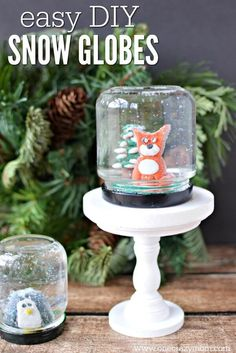 Learn how to make a snow globe craft! This DIY snow globe is so easy and fun to make.Homemade snow globes are so special. Make your own snow globe today! Snow Globe Crafts, Diy Snow Globe, Christmas Crafts, Christmas Presents, Christmas Ornaments, Centerpiece Christmas, Christmas Decorations, Adult Crafts, Diy And Crafts