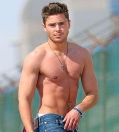 Zac Efron is listed (or ranked) 3 on the list The Male Celebrities with the Best Abs Zac Efron Sem Camisa, Hottest Male Celebrities, Celebs, Zac Efron Pictures, Bae, Best Abs, Muscle, Star Wars, Hollywood