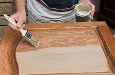 Благодаря природным свойствам древесины, такие двери не только красивы и оригинальны, но и гораздо более качественные, нежели аналогичные, но из более дешевых материалов. Так как древесина подвержена влиянию различных не очень благоприятных факторов (влажность, механические воздействия), то при ее отделке необходимо соблюдать все особенности работы с этим материалом. Сушкой и изготовлением готового дверного полотна вам, …