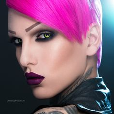 My idol 🙌💋💅💄 Drag Makeup, Sexy Makeup, Makeup Looks, Drag Queen Outfits, Makeup You Need, Rupaul Drag Queen, Evening Makeup, Beauty Forever, Jeffree Star