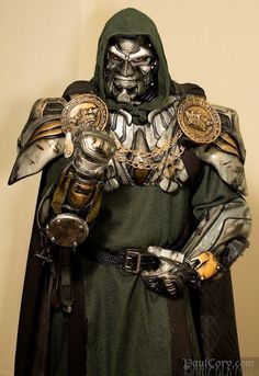 Doctor Doom Cosplay (my ex totally needs to see this) Best Cosplay Ever, Epic Cosplay, Amazing Cosplay, Belle Cosplay, Marvel Cosplay, Superhero Cosplay, Cool Costumes, Cosplay Costumes, Creative Costumes