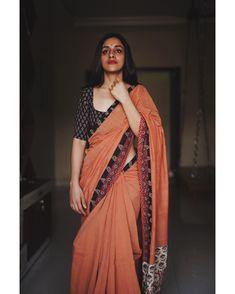 Kerala Saree Blouse Designs, Cotton Saree Blouse Designs, Kurta Designs, Dress Indian Style, Indian Fashion Dresses, Indian Designer Outfits, Indian Wear, Indian Outfits, Saree Wearing Styles