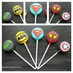 Superhero Cakepops Superman, Captain America, Spiderman, Hulk, Batman Via welcometreats.co.uk