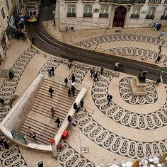 Chiado - Lisboa - Portugal Treppen Stairs Escaleras repinned by www.smg-treppen.de