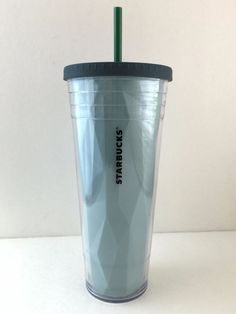 Starbucks Big Blue Logo Cold Cup Tumbler with Screw on Lid and Straw 24 oz 2012 #Starbucks