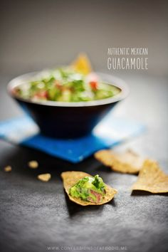 afotogirl's confessions of a foodie   recipes + photos + life stories   san diego, CA: Authentic Mexican Guacamole