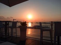 San Antonio - where the sunsets are mesmerising. Visit www.theworldinaweekend.com for more details. #Ibiza #TheWorldInAWeekend #sunset #sanantonio #aperture #rooftop #terrace