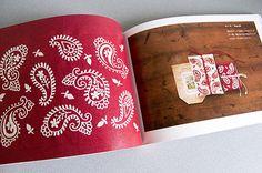 ペイズリー 「一色刺繍と小さな雑貨」より
