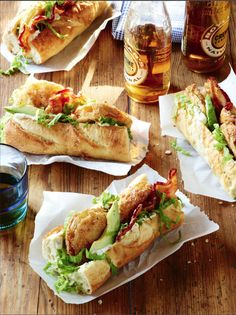 Fried green tomatoes Po'boys from Southern Living Magazine / photo: Jennifer Davick / #recipe http://www.myrecipes.com/recipe/fried-green-tomato-poboys-50400000113387/