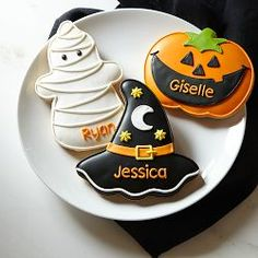 iced Halloween cookies : mummy / ghost, jack o' lantern, witch hat | Williams-Sonoma