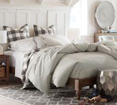 Bedroom | Pottery Ba