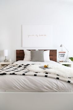 Simple, clean, modern bedroom decor (via @sugarandcloth)