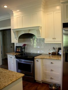 Kitchen Soffit Design, Pictures, Remodel, Decor And Ideas   Page 9 Color Of  Molding And Cabinets