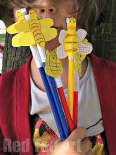 Bee Shooters - a super simple and fun craft - then combine it with a science lesson and talk about trajectories etc