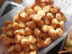 Slovak Recipes, Russian Recipes, Appetizer Recipes, Snack Recipes, Cooking Recipes, Sour Cream Sauce, Goat Cheese Salad, Savory Snacks, Seafood Dishes