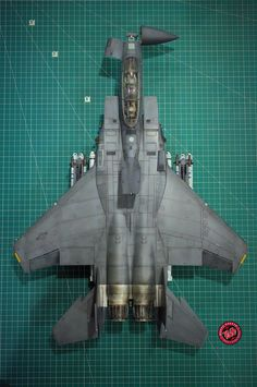 Tamiya (1:32) F-15E Strike Eagle w/Bunker Buster