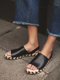 Last Chance Sling Back Sandal | Leather sling-back sandals featuring a minimal design and elastic strap for a comfortable fit. Jute heels with fun chevron detailing.