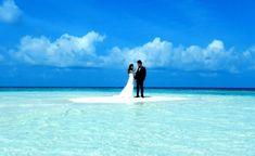 maldives wedding on the sandbank