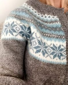 Fair Isle Knitting Patterns, Fair Isle Pattern, Sweater Knitting Patterns, Knitting Charts, Baby Knitting, Icelandic Sweaters, Crochet Wool, Knitwear, Sweaters For Women