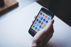 How to save data while updating Android apps? Because, most of the people think twice before using their mobile data on updating apps from Play Store. Apps Für Android, Best Android, Android Phones, Android Video, Android Tricks, Android Wear, Mobile Application Development, App Development, Linux