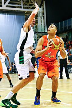 Southland Sharks' Tai Wesley in the game against Manawatu Jets at Stadium Southland.  June 07, 2014.   Sharks won 91-83.