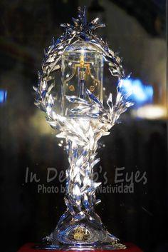 Dennis Natividad's 365 Project photo for December 2018 - Sacred Blood Relic of St. Photos Of Eyes, Pope John Paul Ii, Catholic, Blood, Faith, Loyalty, Believe, Religion, Roman Catholic