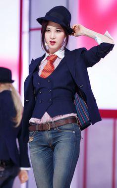 Seo yun stage mr mr 2014