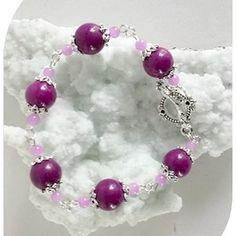 Claudine création bijoux fantaisie - Un grand marché Agate Pierre, Violet, Pearl Necklace, Creations, Beaded Bracelets, Pearls, Roses, Boutique, Jewelry