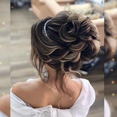 Прически и Макияж N1 Москва LA (@elstile) • Фото и видео в Instagram Wedding Hairstyles, Wedding Ideas, Fashion, Moda, La Mode, Wedding Hair Styles, Fasion, Wedding Hair Down, Bridal Hair Accessories