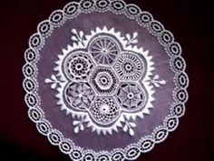 A HÖVEJI CSIPKE - Google-Suche Hungarian Embroidery, Lace Embroidery, Embroidery Patterns, Vintage Lace, Decorative Plates, Appetizers, Google, Needlepoint Patterns, Appetizer