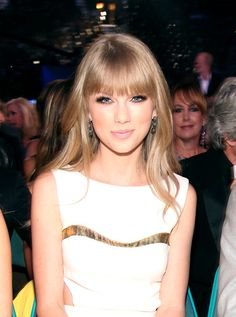 Taylor Swift pulls off the bangs so well.   #VisibleChangesSalons love this! A great look for you @Monica Hickey