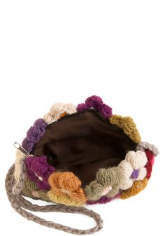 make this flower crochet purse!