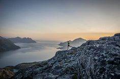 #Skyrunning Tromsø is a magic place to run! Soul skyrunning between the sea and the sky.July 31 - Tromsø Vertical Kilometer® - August 2 - Tromso Skyrace® - 45 km. Photo. Kilian Jornet #TrailRunning