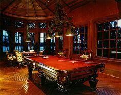 I like this pool table (Billiards) Game Room Bar, Game Room Basement, Basement Bars, Billiard Pool Table, Billiard Room, Pool Table Room, Pool Tables, Interior Design Games, Dance Rooms