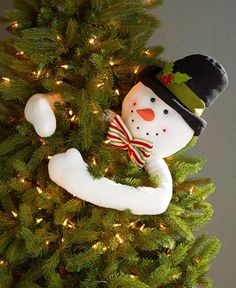 Frosty Snowman Tree Hugger Holiday Home Christmas Tree Top Seasonal Dec Ornament Snowman Christmas Tree Topper, Christmas Tree Tops, Christmas Tree Branches, Holiday Tree, Christmas Holidays, Christmas Crafts, Christmas Quotes, Christmas Pictures, Christmas Nails