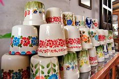 Colombia Artesanal: El Carmen de Viboral, colores que inspiran - Artesanías de Colombia