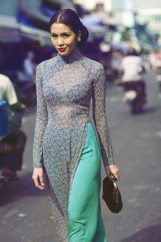 Và cùng dự đoán xem mỹ nhân đình đám của showbiz Việt sẽ chọn kiểu áo dài nào cho ngày trọng đại của mình.