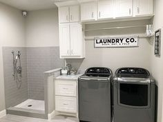 53 Awesome small Laundry Room decor ideas on budget - Awesome small . 53 Awesome small Laundry Room decor ideas on budget – Awesome small Laundry Room deco Mudroom Laundry Room, Laundry Room Remodel, Animal Room, Drying Room, Shower Floor Tile, Laundry Room Inspiration, Room Tiles, Small Laundry, Laundry Tips