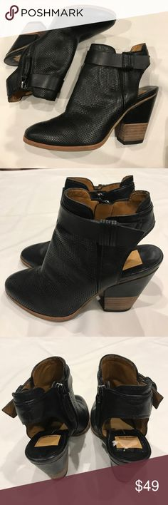 Dolce Vita Ankle Booties Size 6. Black. Ankle booties. Leather. Zip up closure. Tiny peeling inside sole from sticker as shown on pic 3. Dolce Vita Shoes Ankle Boots & Booties