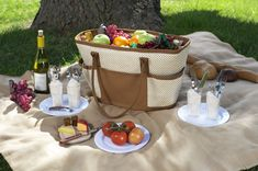 """Friuts, cheese, wine and a great guy..I """"weesh"""" we would picnic today!"""