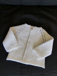 Ravelry: Top Down Garter Stitch Baby Jacket pattern by Nancy Elizabeth Munroe Baby Cardigan Knitting Pattern Free, Crochet Jacket Pattern, Crochet Baby Jacket, Baby Sweater Patterns, Knitted Baby Cardigan, Knit Baby Sweaters, Easy Knitting Patterns, Baby Knitting, Baby Knits