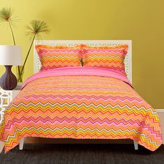 Orange Zig-zag Quilt Set - Overstock™ Shopping - The Best Prices on Kids' Quilts $65.99
